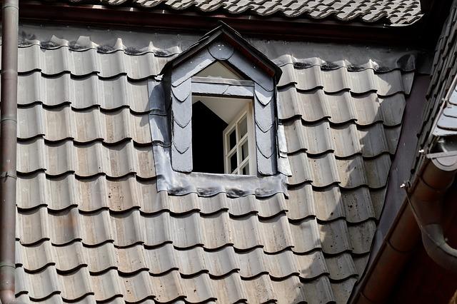 Dachfenster Renovierung dabei muss Handwerkermangel bei der Sanierung im Dachgeschoss kein Hindernis sein